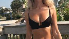 Amanda Taylor Showing Her Hot Body